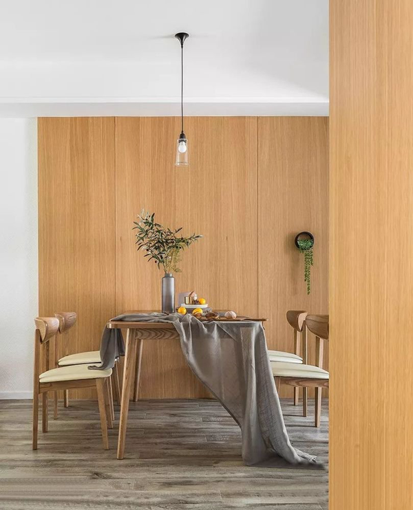 实拍明纶园103平北欧风三居室装修案例